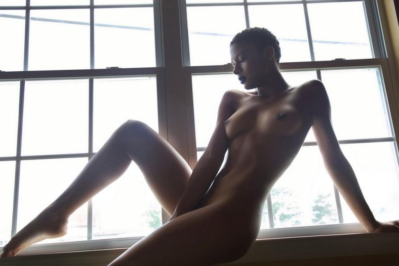 SPOO noire nue tumblr_
